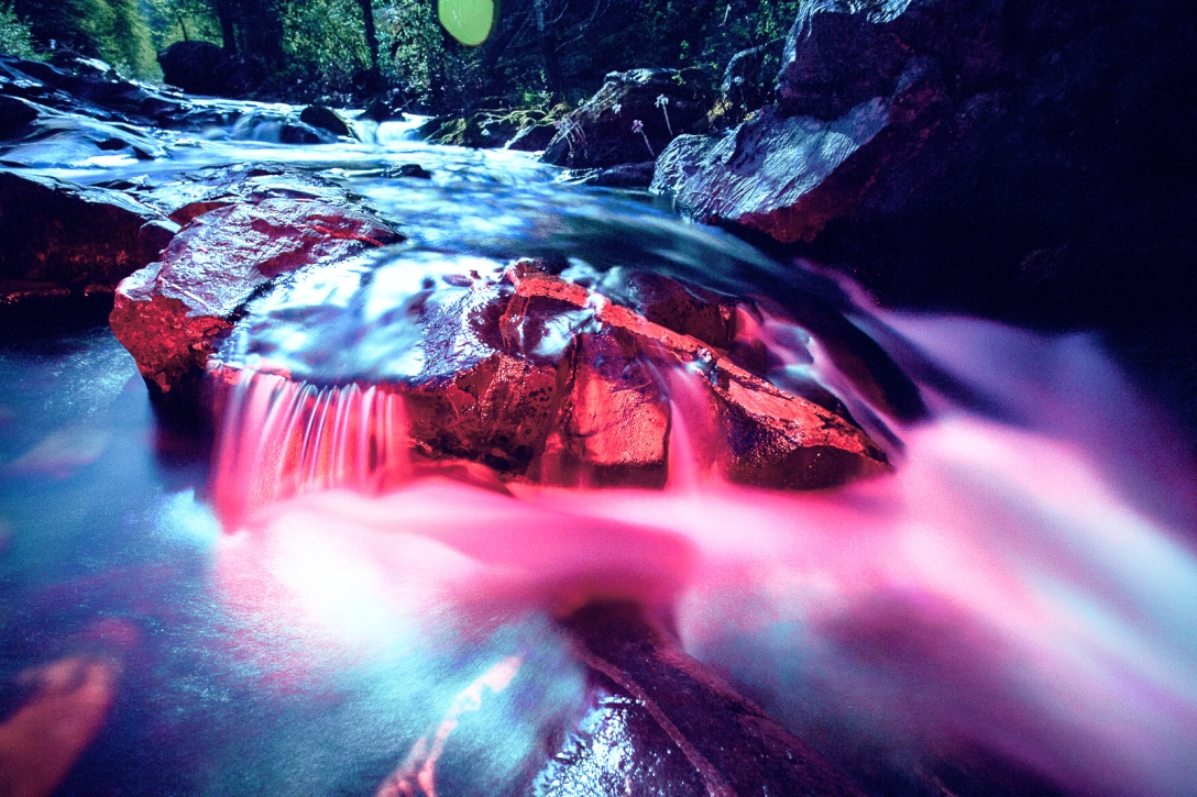 blood red water, pipi valley