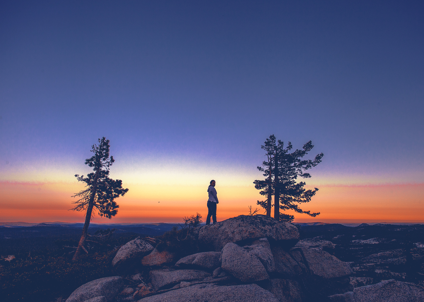Coffee on a cliff while watching the sunrise - Hemlock Lake, Desolation Wilderness